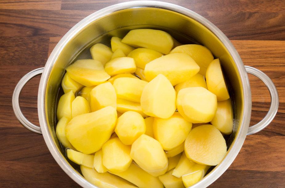 Bulvės puode