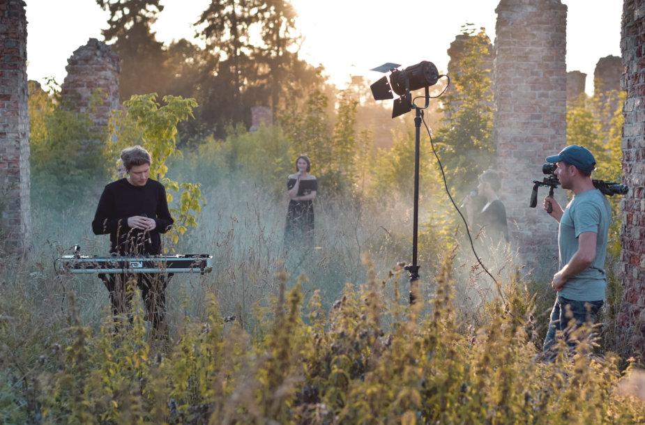 """Muzikinio klipo """"Dagilėlis"""" filmavimas"""