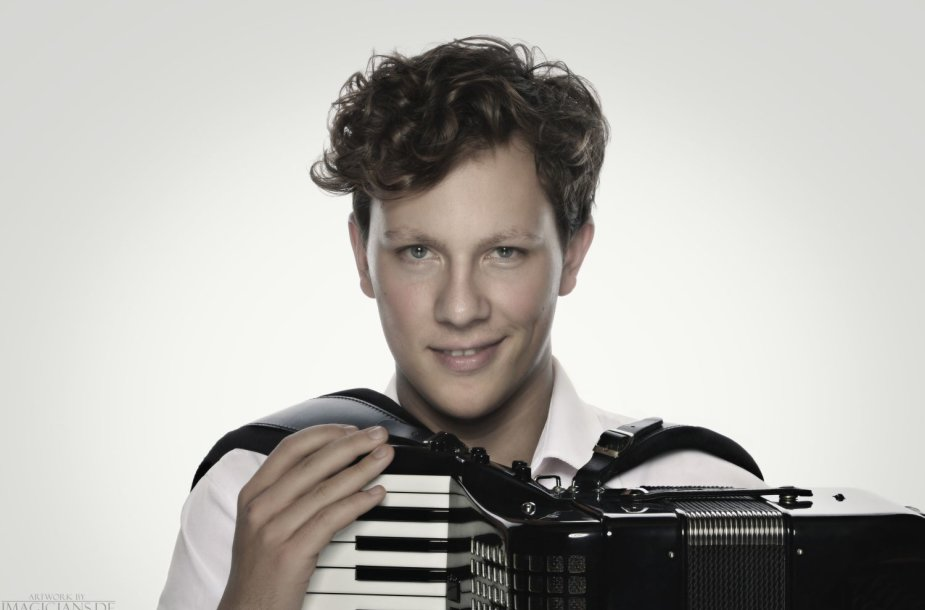 Martynas Levickis prieš Kalėdas koncertuos Klaipėdos koncertų salėje.