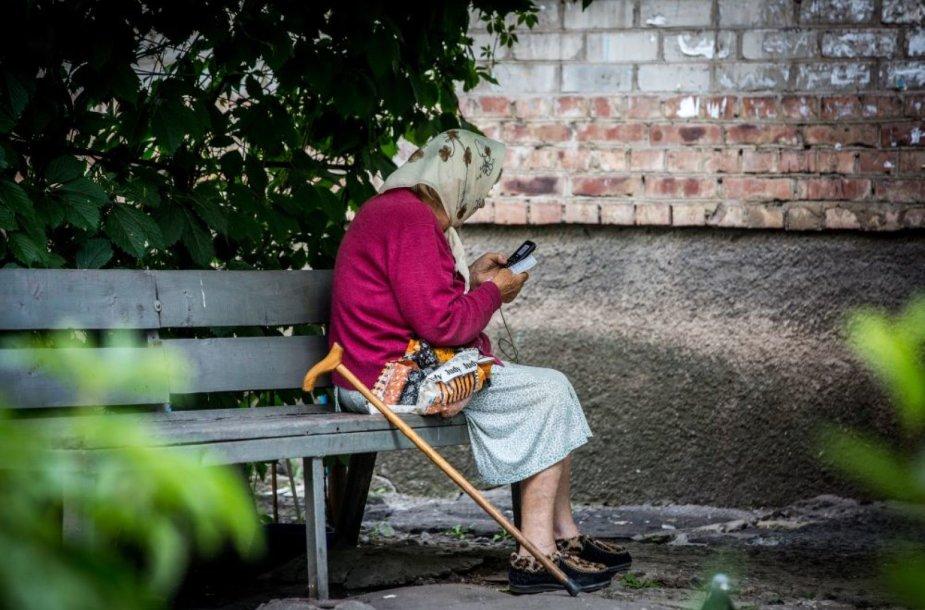 Ukrainos fronte esančio miestelio kasdienybė