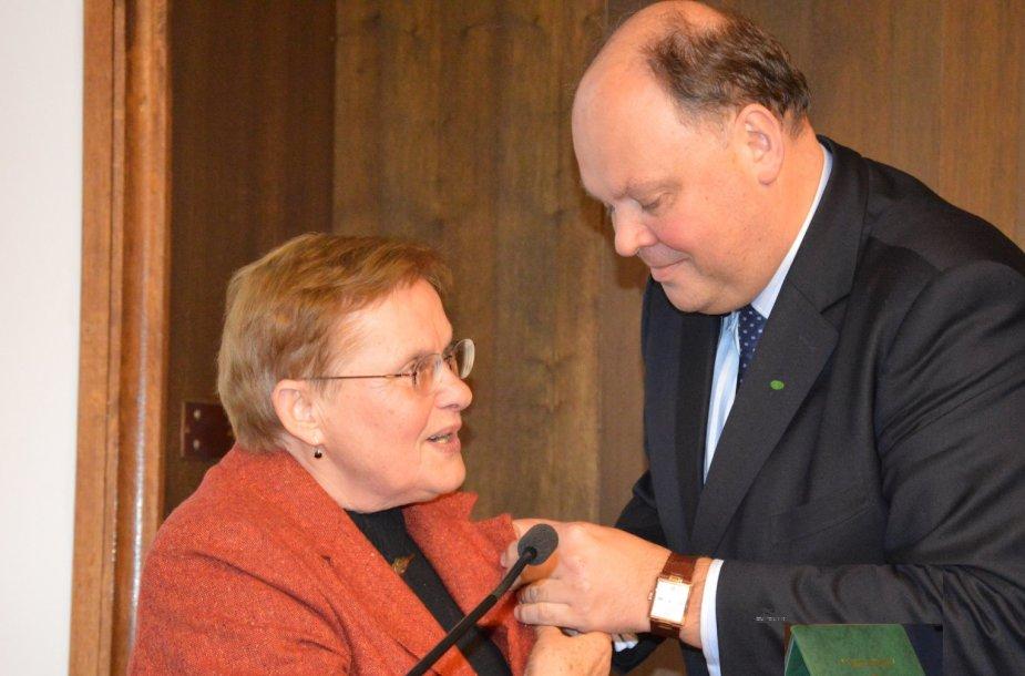 Apdovanota Viktorija Daujotytė-Pakerienė