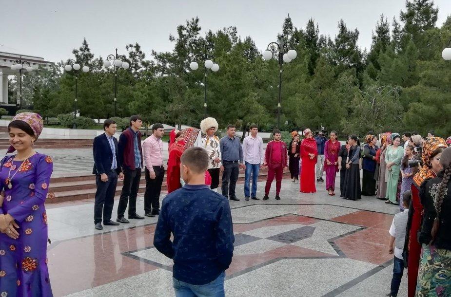 Vestuvininkai Ašchabade