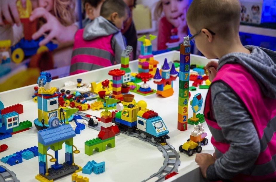 """""""Litexpo"""" prasideda švietimo aktualijų paroda """"Mokykla"""" ir šeimas suburianti """"Vaikų šalis"""""""