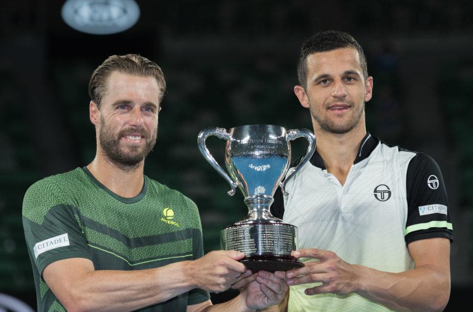Vyrų dvejetų čempionais tapo Mate Pavičius ir Oliveris Marachas