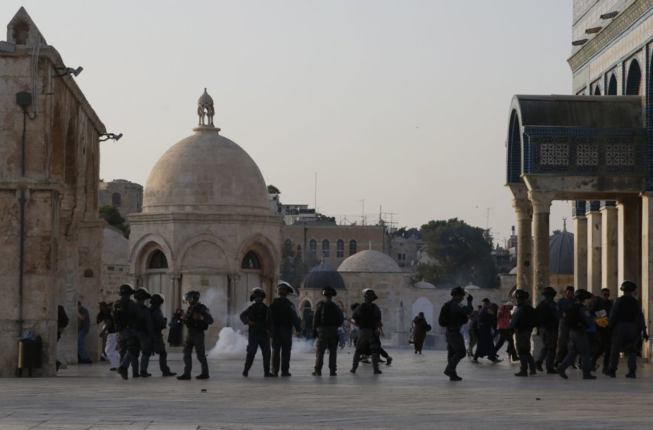 Susirėmimas tarp Izraelio policininkų ir palestiniečių Jeruzalėje