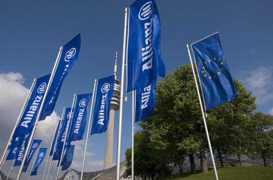"""Allianz"" vėliavos"