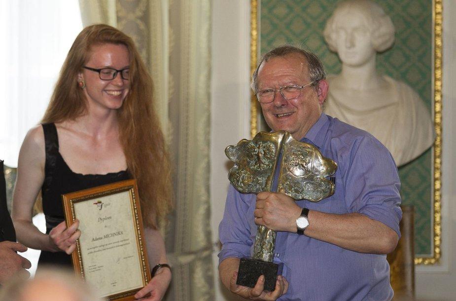 Apdovanojimų ceremonija Chodkevičių rūmuose.