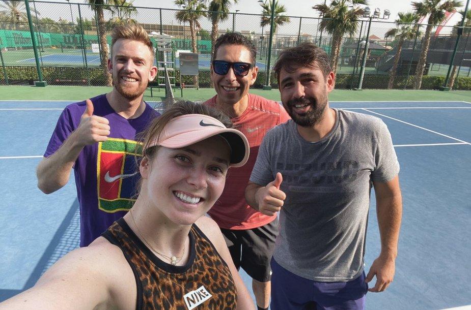 Elina Svitolina su savo komanda