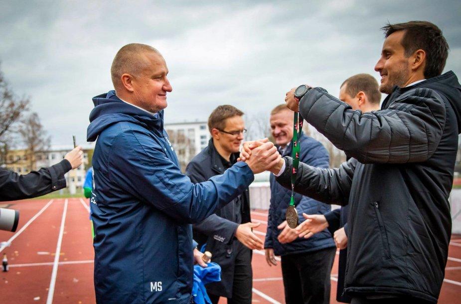 Marius Skinderis (kairėje)