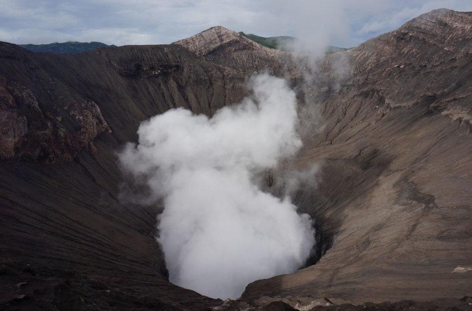 Indonezija, Bromo ugnikalnio krateris