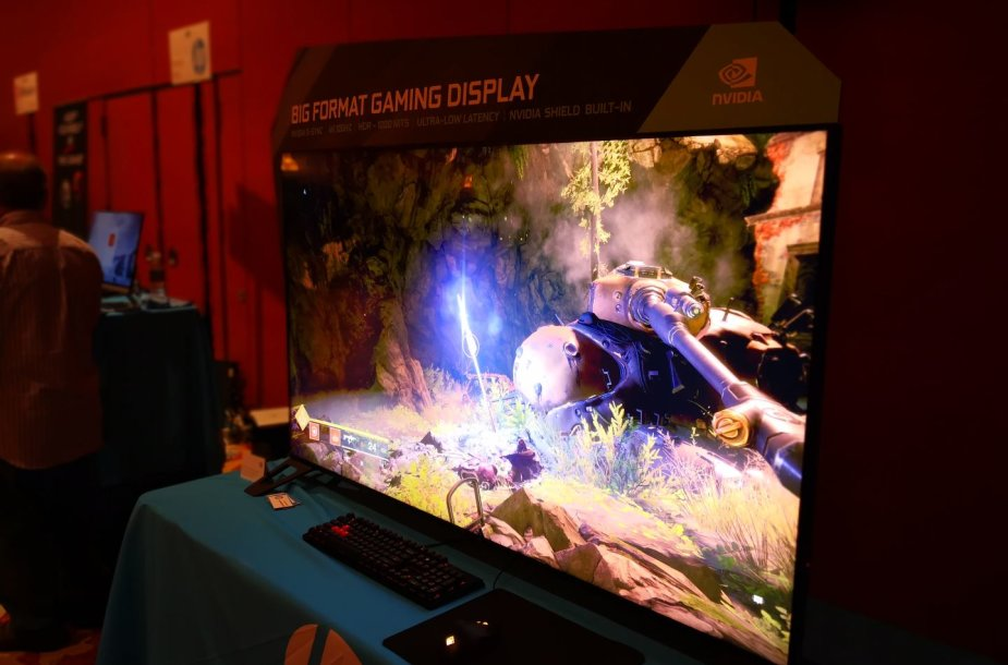 """""""HP Omen"""" 65 colių įstrižainės žaidimų monitorius"""