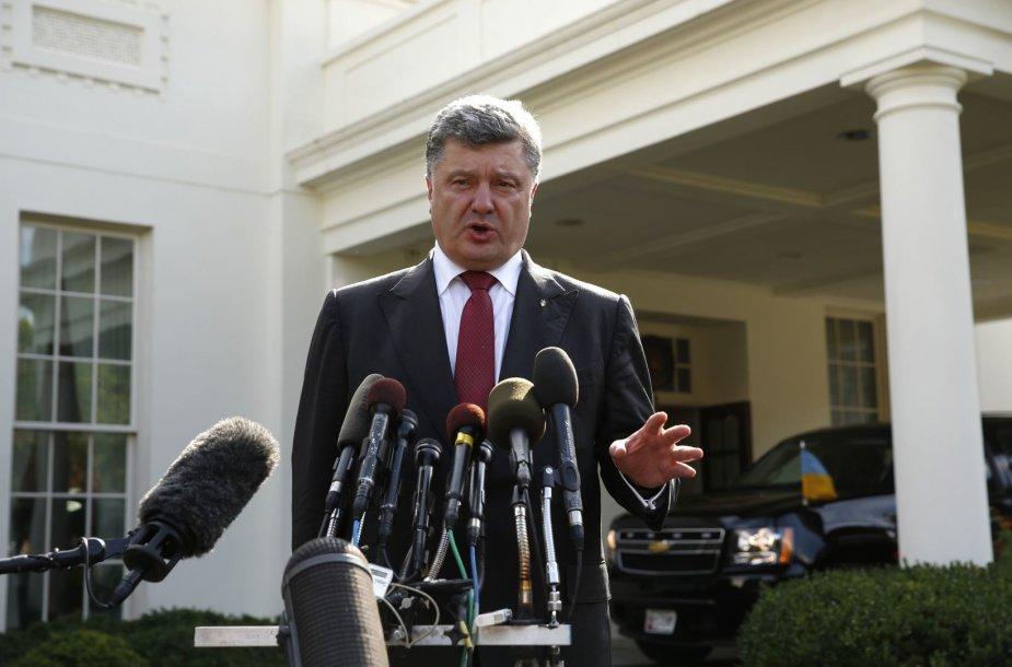 Ukrainos prezidentas Petro Porošenka prie Baltųjų rūmų