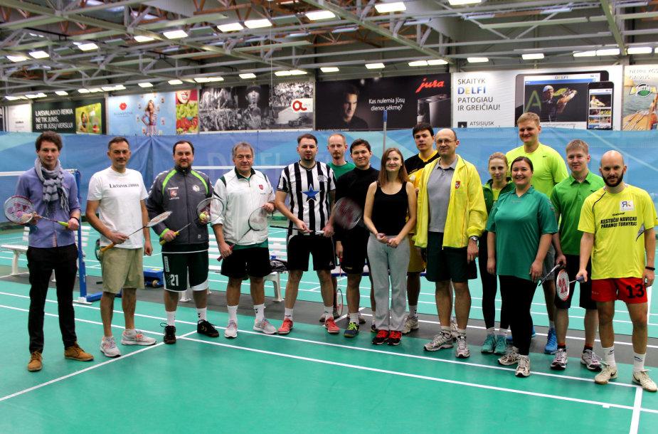 Badmintono čempionato dalyviai