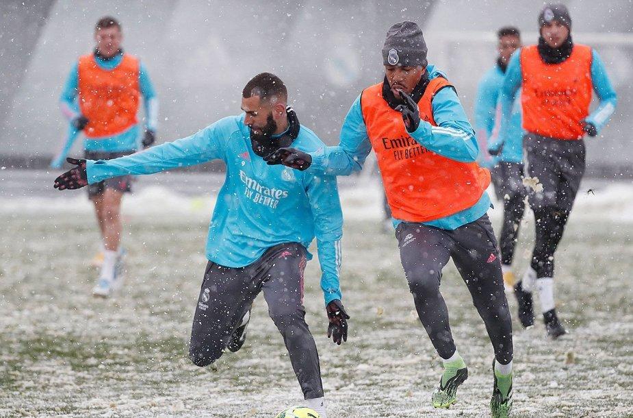 """Madrido """"Real"""" futbolininkų treniruotė"""