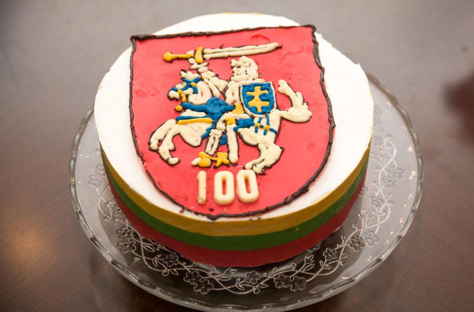Konditerės Alinos Baškardinos gamintas tortas