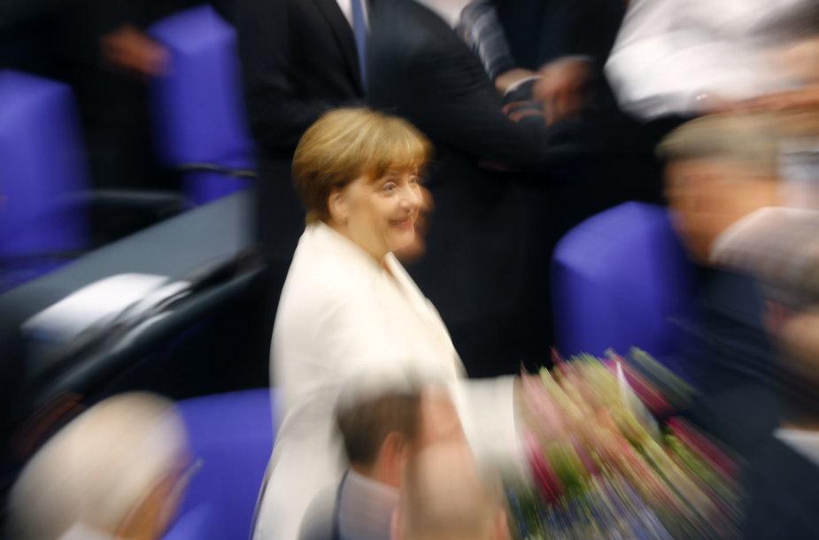 Angela Merkel lieka Vokietijos kanclere