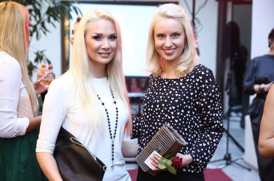Nataija Bunkė ir Dainė Baumilė
