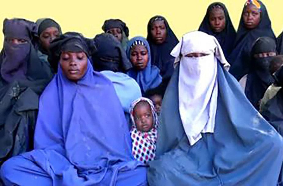 """""""Boko Haram"""" pagrobtos mergaitės"""