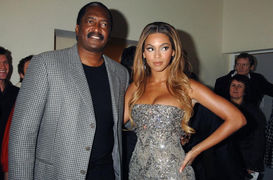 Beyonce su tėvu Mathew Knowlesu (2007 m.)