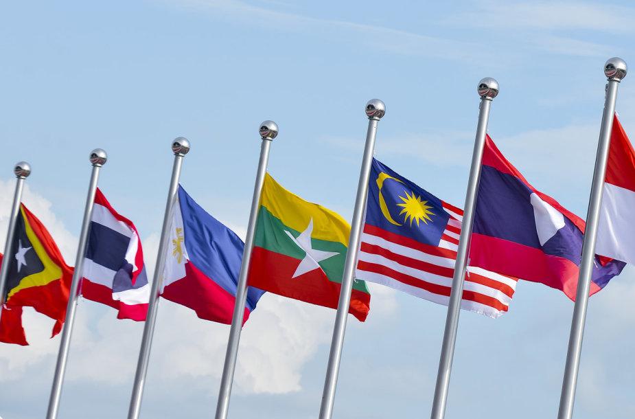 Azijos valstybių vėliavos