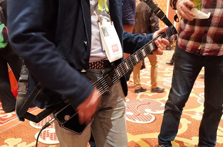 """Jammy Guitar"" ultramobili gitara"