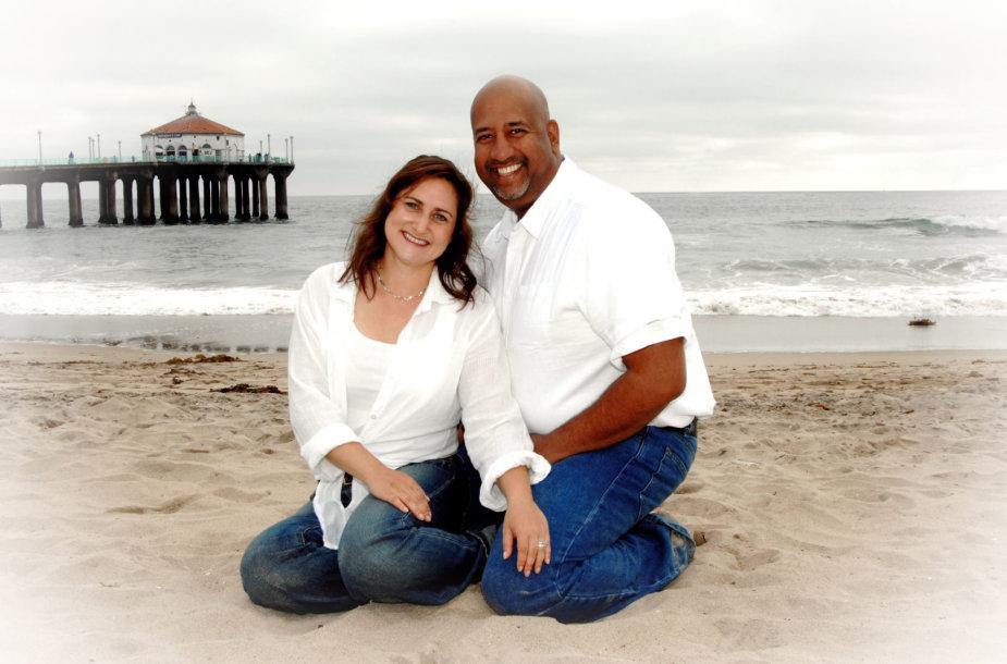 """Lietuviškų šaknų turinti Melissa ir jos vyras Kalifornijoje verda saldainius su kanapėmis """"Dovana"""""""