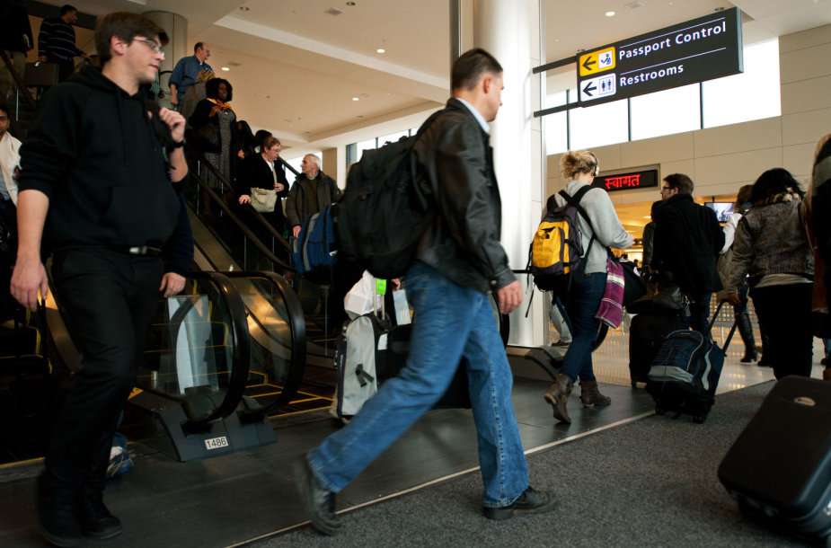 Keliautojai Dulleso oro uoste