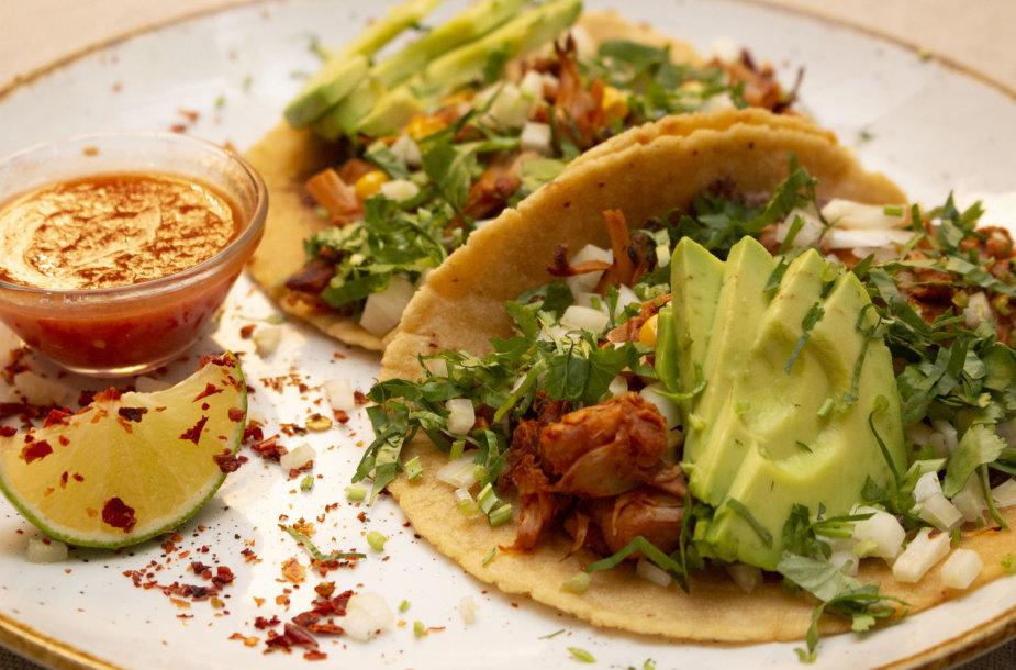 Tacos su duonvaisiu