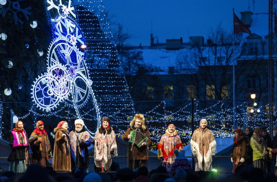 Vilniaus rusų bendruomenė ir stačiatikybės tradicijų puoselėtojai švenčia Šv. Kalėdas