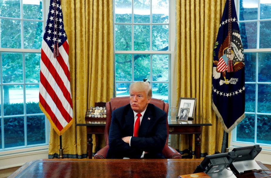 Donaldas Trumpas savo kabinete