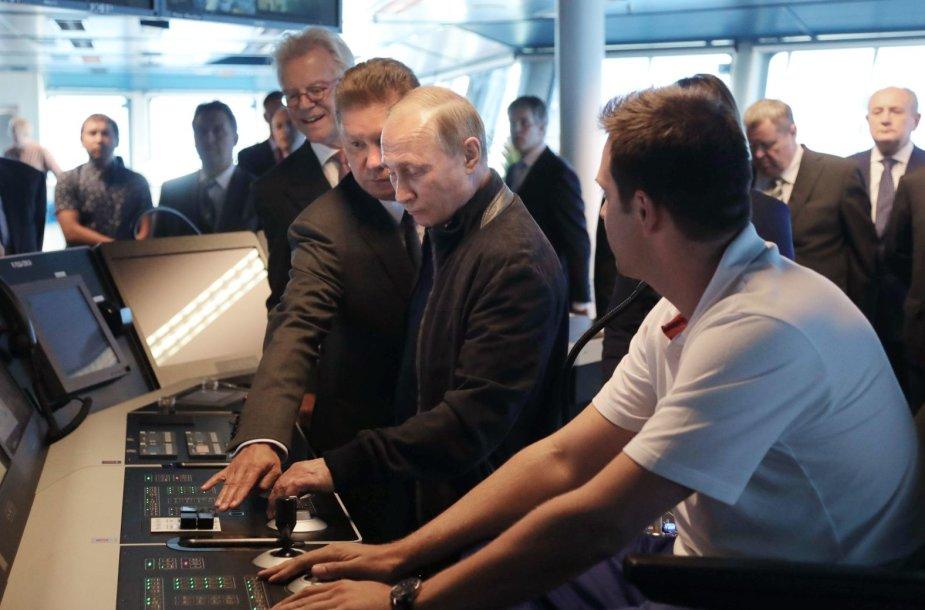 """V.Putinas davė pradžią """"Turkstream"""" dujotiekio giliavandenės projekto dalies įgyvendinimui"""