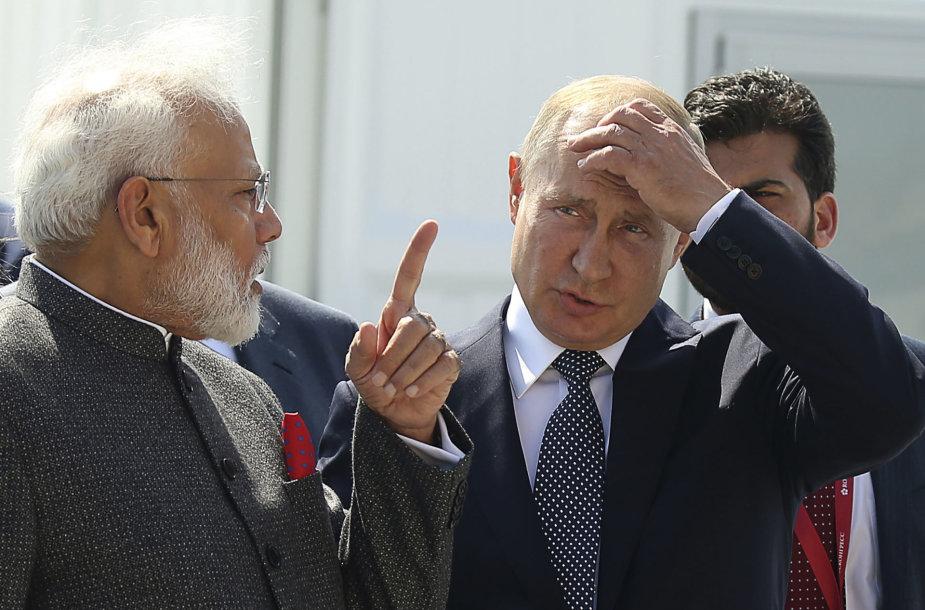 Nerandra Modi ir Vladimiras Putinas