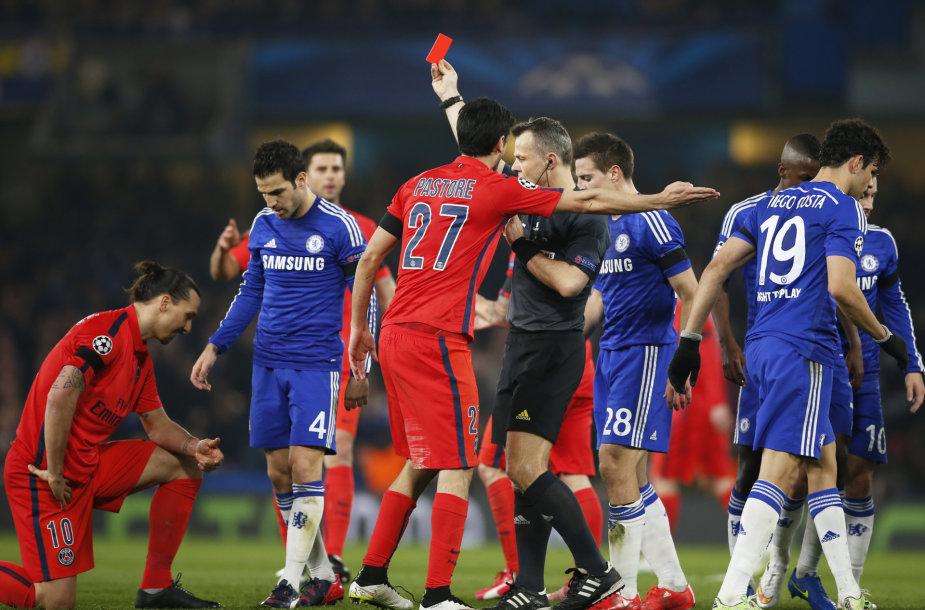 Zlatanas Ibrahimovičius nubaustas raudona kortele