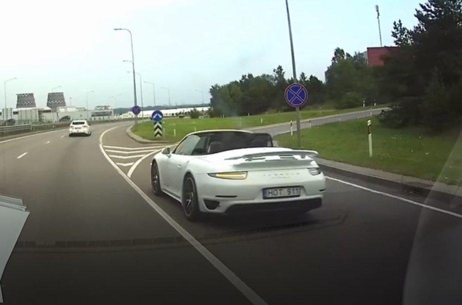 """Porsche"" manevras Vilniuje"