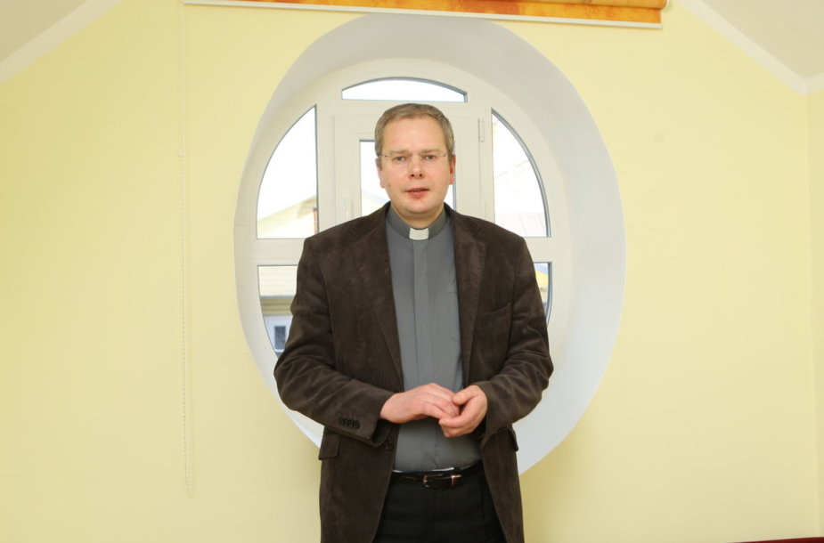 Panevėžio švč. Trejybės bažnyčios kunigas Simas Maksvytis