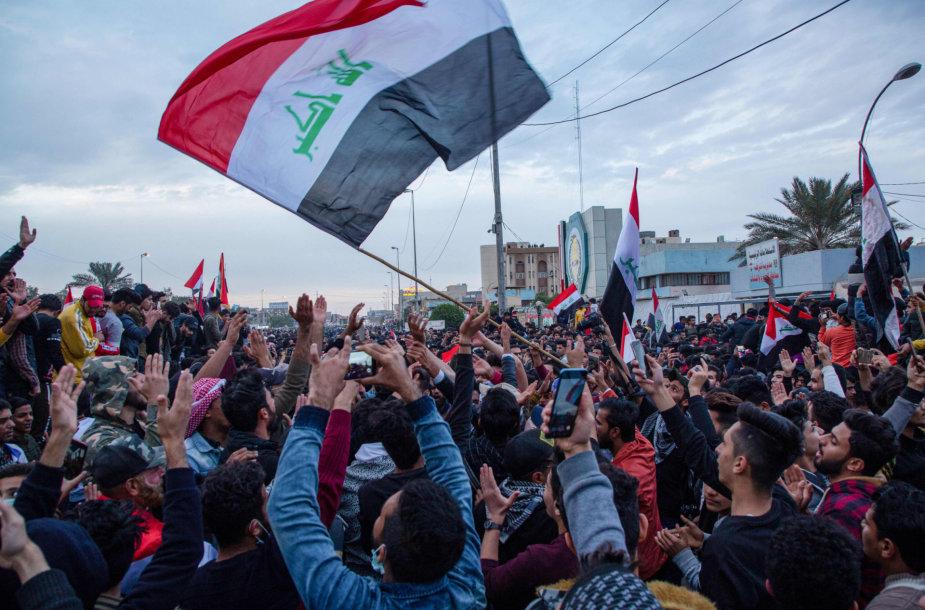 Irake tęsiasi protestai.