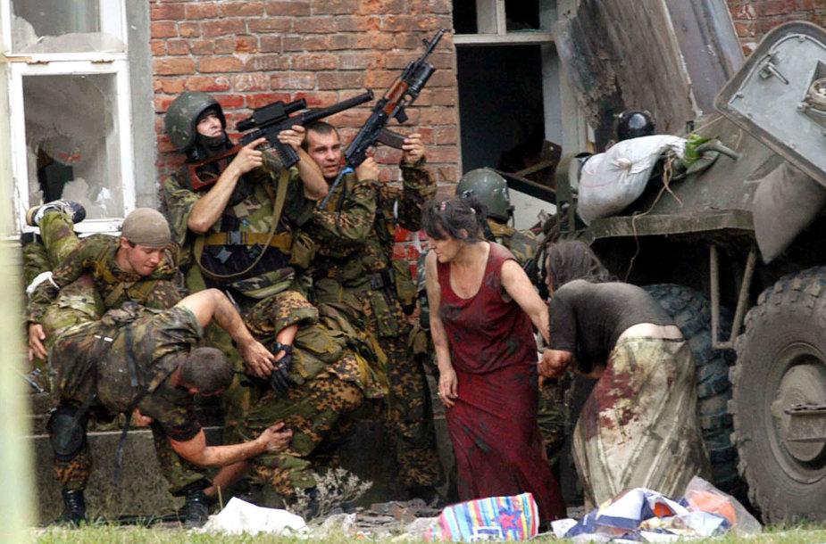 Per įkaitų dramą Beslane žuvo daugybė civilių