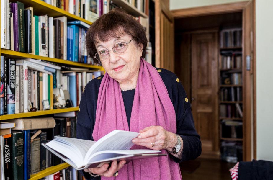Irena Veisaitė