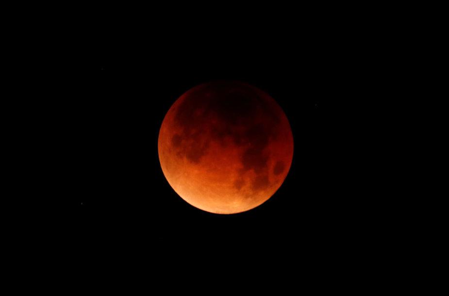 Mėlynojo mėnulio užtemimas