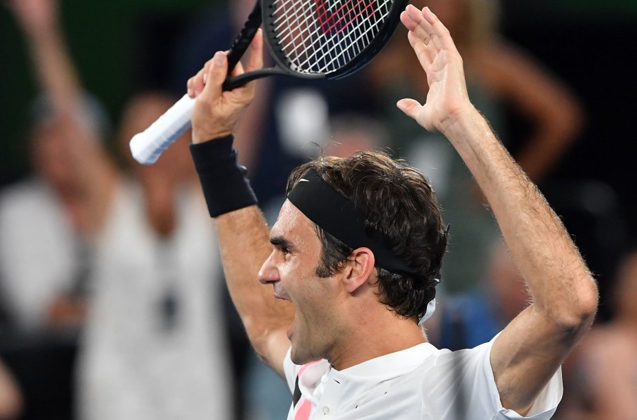 """Neįtikėtinas: Rogeris Federeris 20-ą kartą tapo """"Didžiojo kirčio"""" turnyro čempionu"""