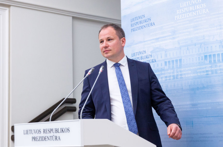 Prezidentė Dalia Grybauskaitė susitiko su kandidatu į ŽUM ministrus Giedriu Surpliu