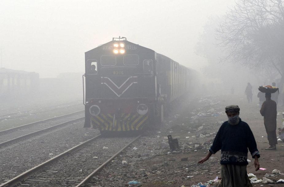 Traukinys Pakistane