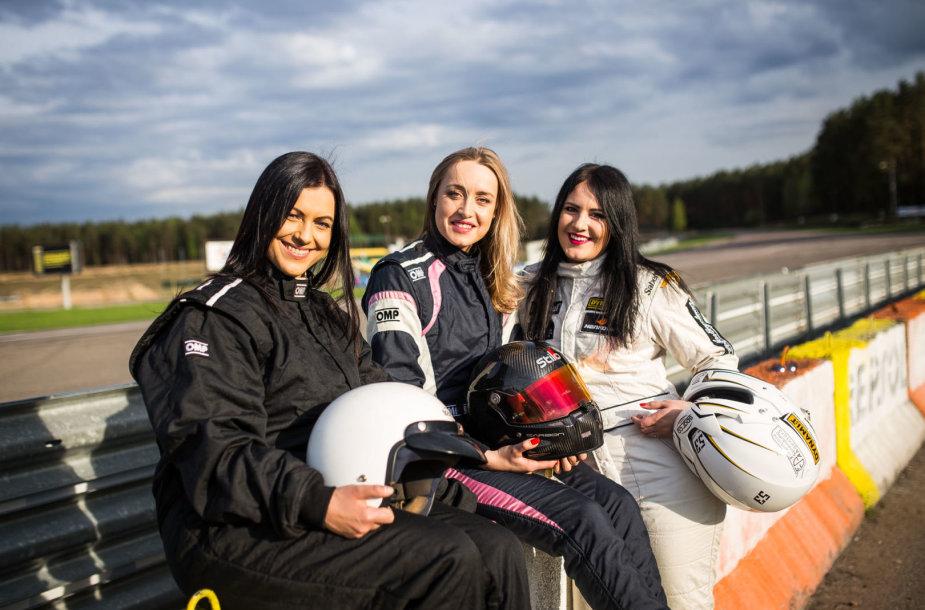 Moterys automobilių sporte
