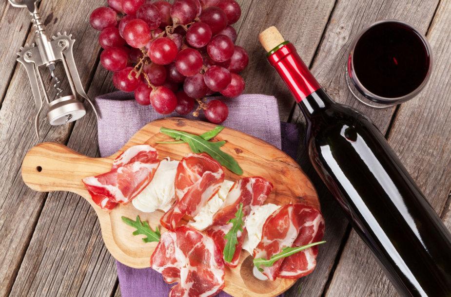 Vynas ir maistas