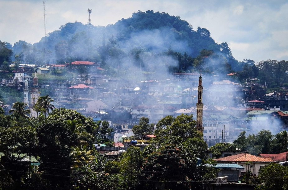 Pietų Filipinuose nukauti dešimt kovotojų, mėginusių prasmukti į karo zoną