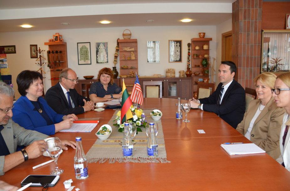 Deborah McCarthy susitikimas su Lietuvos institucijų atstovais Žemės ūkio ministerijoje