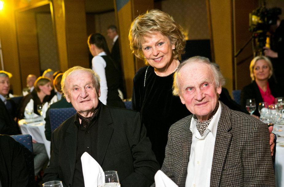 Algimantas ir Vytautas Nasvyčiai, Gražina Balandytė