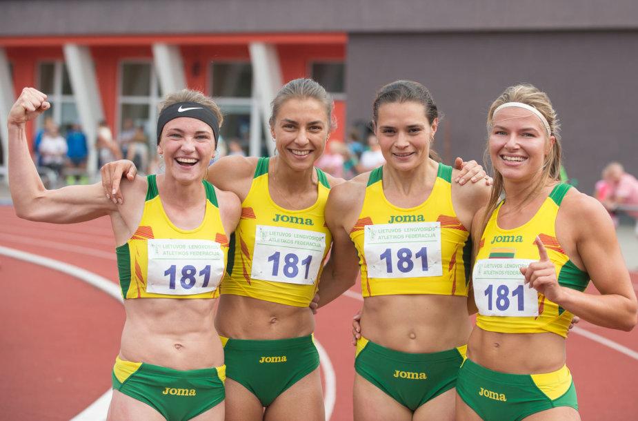 Lietuvos komanda – Eva Misiūnaitė, Eglė Balčiūnaitė, Modesta Morauskaitė ir Agnė Šerkšnienė – distanciją įveikė per 3 min. 33,03 sek