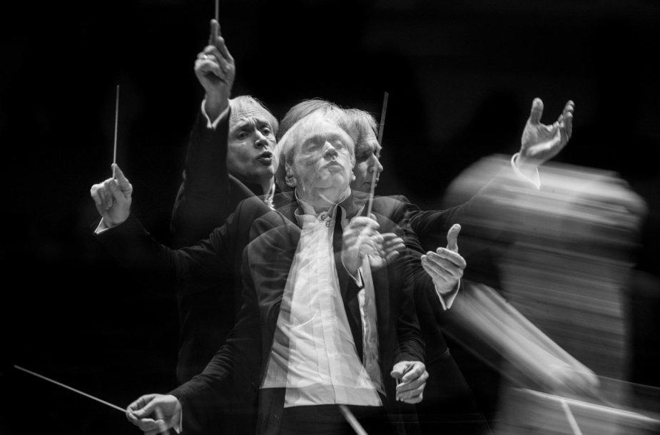 Lietuvos valstybinis simfoninis orkestras pristato A.Brucknerio ir D.Šostakovičiaus simfonijų ciklus