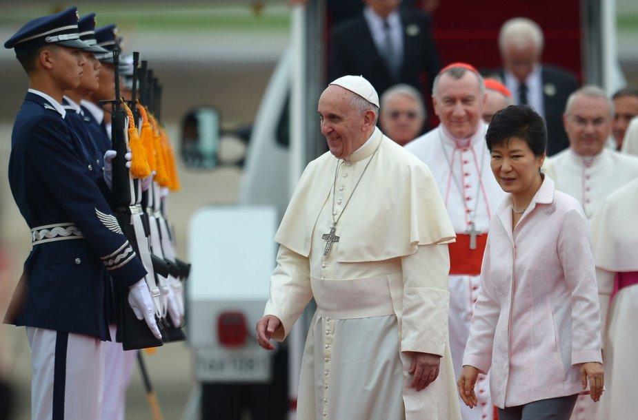 Popiežius Pranciškus ir Pietų Korėjos prezidentė Park Geun-hye